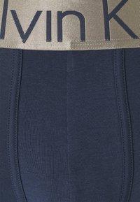 Calvin Klein Underwear - TRUNK 3 PACK - Pants - blue - 10