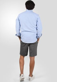 Solid - RAVI - Shorts - forged iron - 2