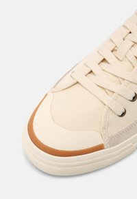 Levi's® - SQUARE - Sneaker low - ecru - 4