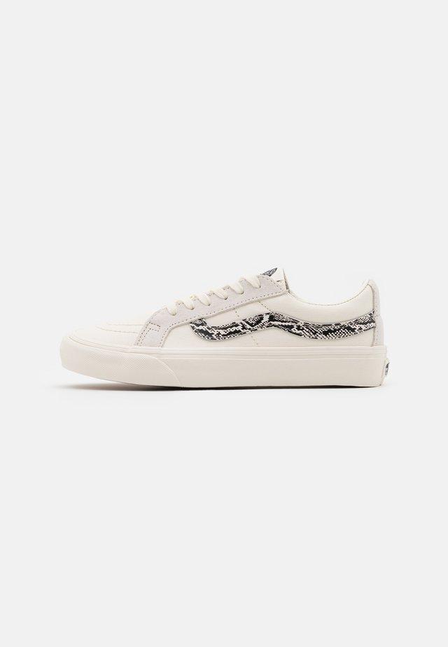 SK8 REISSUE  - Skate shoes - marshmallow