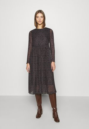 NUFREJA DRESS - Maxi šaty - caviar