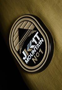 JACK1T - MOUNTAIN  - Gewatteerde jas - sand - 6