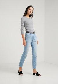 J.CREW - PERFECT FIT CREW - Bluzka z długim rękawem - heather grey - 1