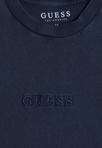 Guess - JUNIOR UNISEX OVERSIZE  - T-shirt basic - deck blue - 4