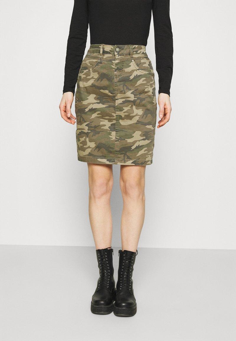 Cream - CRPENORA SKIRT - Pencil skirt - green camou