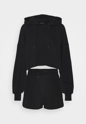 CROPPED HOODIE & SHORT SWEAT SET  - Sweatshirt - black