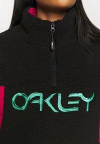 Oakley - WOMENS - Fleece jumper - black/rubine - 5