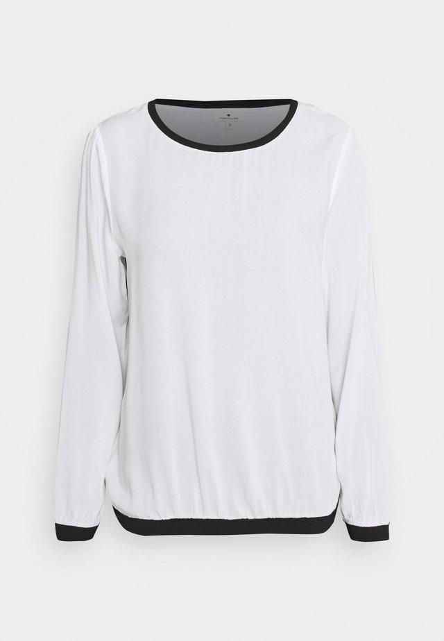 Long sleeved top - whisper white