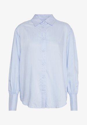 MANA SLEEVE SHIRT - Koszula - light blue/cream stripe