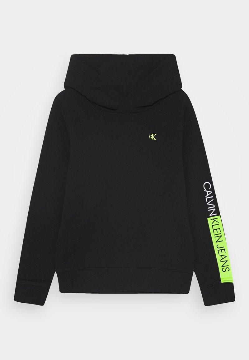 Calvin Klein Jeans - LOGO SLEEVE HOODIE - Felpa - black