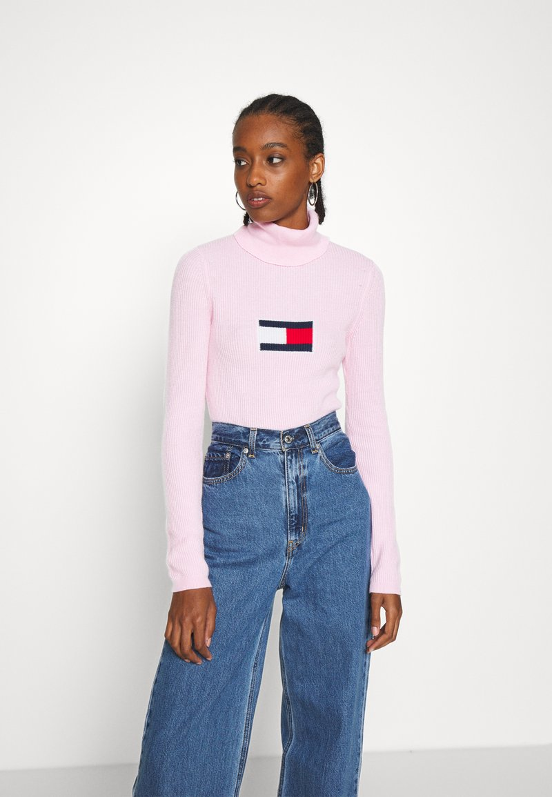 Tommy Jeans - FLAG ROLL NECK - Svetr - romantic pink