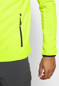 CMP - MAN JACKET FIX HOOD - Training jacket - energy - 4
