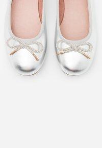 Tamaris - Ballet pumps - silver - 5