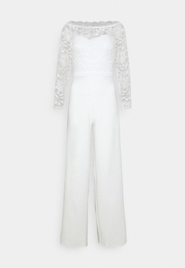 OFF SHOULDER - Jumpsuit - white