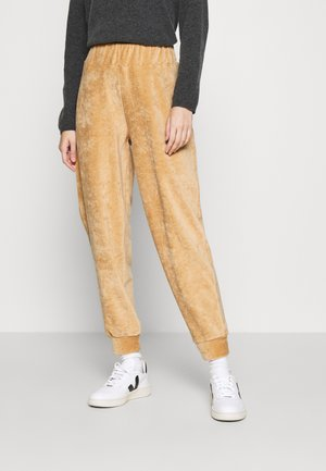 ONLJACKIE PANT - Tracksuit bottoms - tan