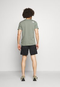 The North Face - CLASS V BELTED - Outdoor shorts - black/mustard yellow - 2