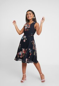 Esprit Collection Petite - FLUENT GEORGE DRESSES MIDI - Day dress - navy - 2
