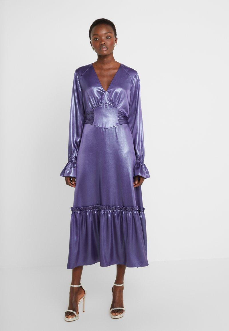 Three Floor - EXCLUSIVE DRESS - Vestido de cóctel - twilight purple/blue