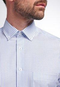 Eterna - MODERN FIT - Shirt - helllblau/weiss - 2