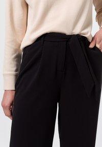 zero - Trousers - black - 3