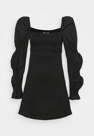 FABRIC MIX SLEEVE DETAIL MINI - Robe de soirée - black