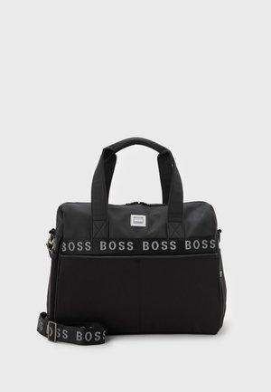 CHANGING BAG UNISEX - Baby changing bag - black