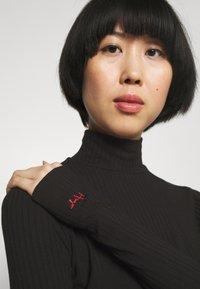 HUGO - NINELLI - Long sleeved top - black - 4