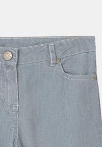 Tartine et Chocolat - PIOMBINO - Trousers - bleu horizon - 2