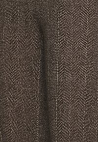 Steffen Schraut - COUNTRY HERINGBONE PANTS - Trousers - brown - 2
