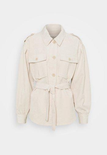 ONLNINA SHORT SHACKET - Summer jacket - pumice stone