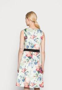 Anna Field - SLEEVELESS DRESS - Sukienka koktajlowa - light green/multi-coloured/pink - 2
