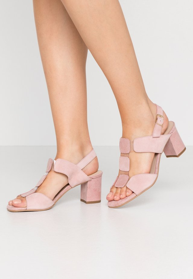 WIDE FIT POLAR NEW - Sandalen - mamba nude
