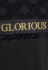Glorious Gangsta - GALVEZ TEE - Print T-shirt - black/gold - 2