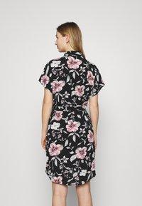 Vero Moda - VMSAHANNA DRESS - Košilové šaty - black - 2