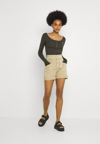 Pieces - PCKITTE - Long sleeved top - black olive - 1