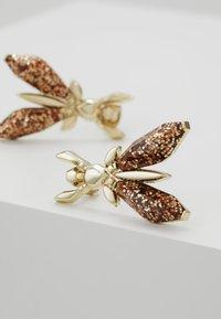 Patrizia Pepe - ORECCHINI PRECIOUS FLY MINI - Earrings - glitter red - 5