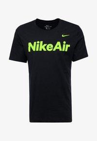 Nike Sportswear - AIR TEE - Print T-shirt - black/volt - 4