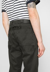 G-Star - LOIC RELAXED - Relaxed fit jeans - asfalt - 5
