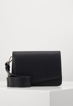 PCDILISH CROSS BODY KEY - Olkalaukku - black