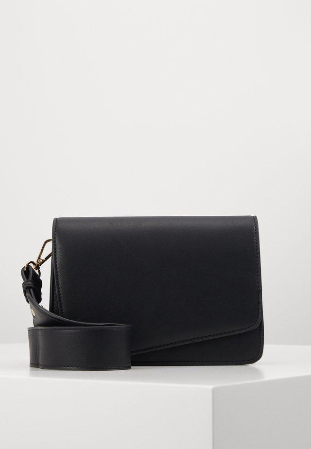 PCDILISH CROSS BODY KEY - Across body bag - black