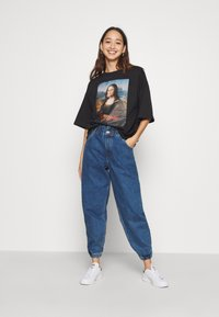 ONLY - ONLOVA ELASTIC LIFE CARROT - Jean boyfriend - medium blue denim - 1