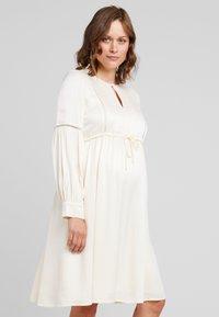 IVY & OAK Maternity - TUNIC DRESS - Vestito estivo - porcelain white - 0