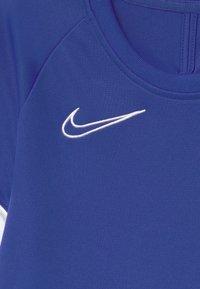 Nike Performance - ACADEMY UNISEX - Print T-shirt - game royal/white - 2