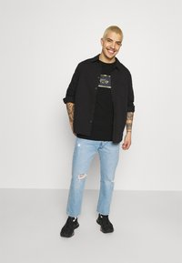 274 - REVOLT TEE - Print T-shirt - black - 1