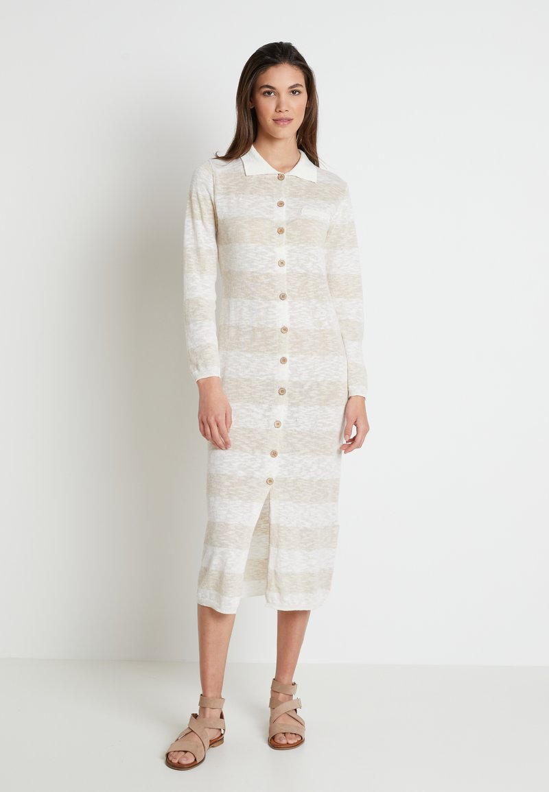 Lounge Nine - TALIALN  - Pletené šaty - linen melange