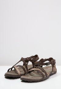 Merrell - TERRAN LATTICE II - Outdoorsandalen - dark earth - 2