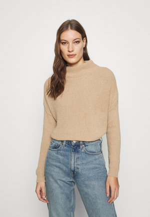 SLOUCHY BATWING - Jumper - camel