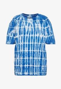 Common Kollectiv - TIE DYE SWIM TEE - T-shirt imprimé - blue - 5