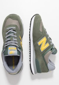 New Balance - ML574 - Sneakers - green