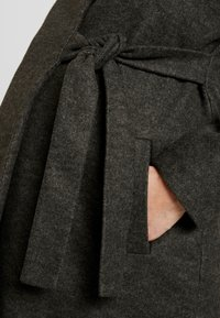 MAMALICIOUS - MLHAZE COAT - Płaszcz wełniany /Płaszcz klasyczny - dark grey melange - 4